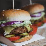 米マクドナルド&スタバも注目!植物性代替肉とは?わかりやすく解説